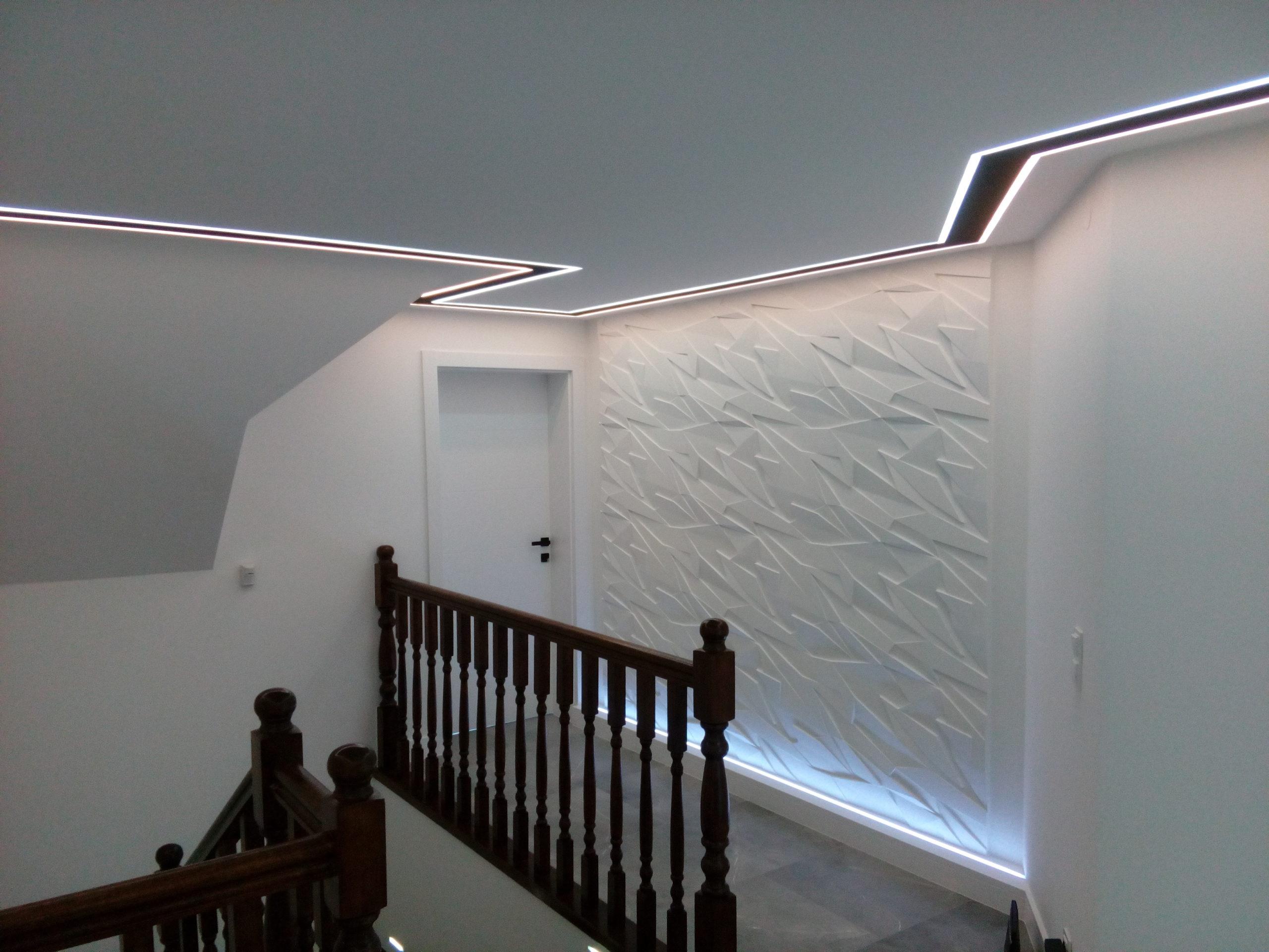 Podświetlone Sufity oraz  Ściany Boczne
